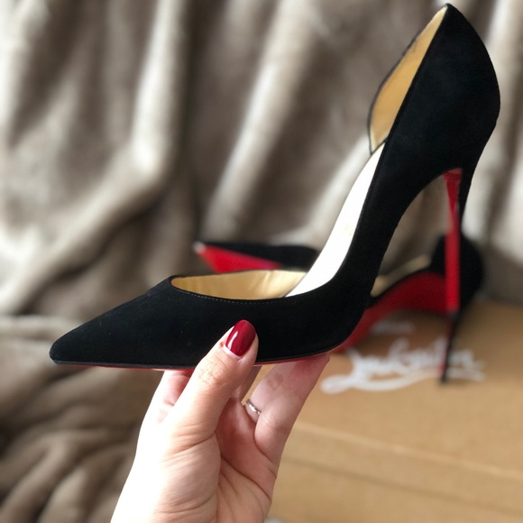 new style 41849 485c0 Christian Louboutin Heels - Red Bottoms MAKE OFFER